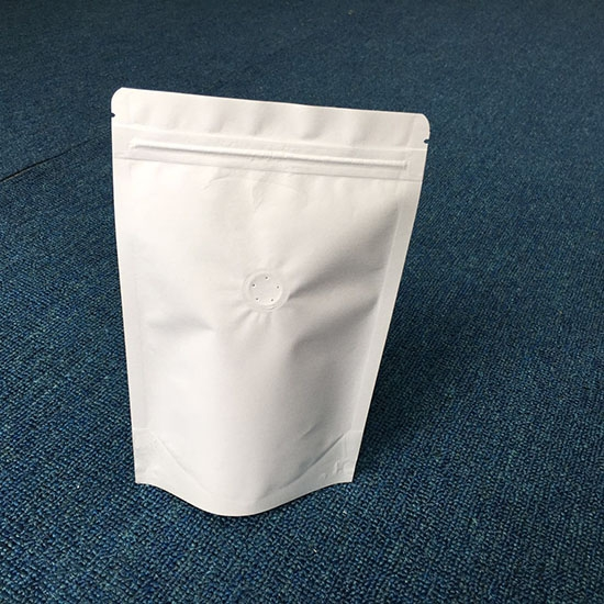 White self-supporting bag